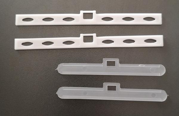 Lamellatartó 127 mm-es szalagfüggöny lamellákhoz